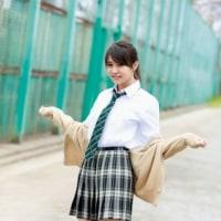 欅坂46小林由依、スラリと輝く美脚披露 ブログのこだわりも解説!!