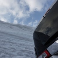 雪の浅草岳。