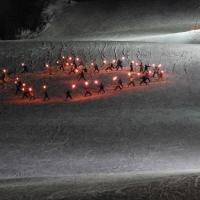 たいまつ滑走(北海道沙流郡日高町、日高国際スキー場)