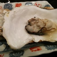 一心さんで日本酒と牡蠣と