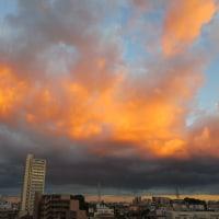 台風が描いた空