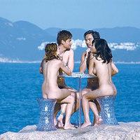 「ユートピア」、香港の異才監督による、ゲイカップル、男女カップルの全裸出演で話題の!