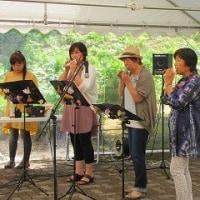 花しょうぶ祭りのオカリナ演奏