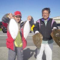 午前便ヒラメ釣り、午後便ウタセマダイです。