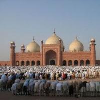 Eid Mubarak (新年おめでとう)