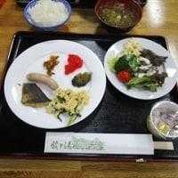 11/25 東北旅行(3)青森 ワ・ラッセ 八甲田丸 のっけ丼