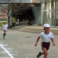 全校生徒全員の学年別マラソン大会