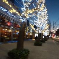 新年をむかえた冬の街