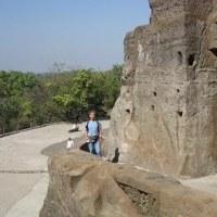 「悠久のインド9日間」№30 石窟の2階の見学