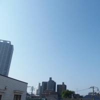 今朝(5月19日)の東京のお天気:晴れ、5月(後半)の作品:花を持つ童子