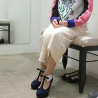 sakiasの靴ー女性の姿勢!