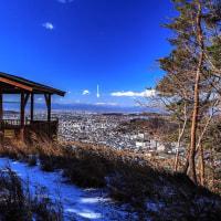 近場の低山で眺める関東平野・南西部を囲む山々、2017年2月
