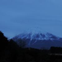 曇り空の富士