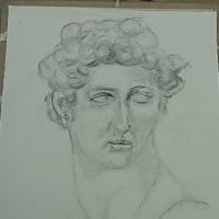 「椿」の油絵と「ビーナス」と「メディチ」の石膏デッサン