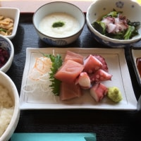 ミックぶつ定食(マグロ&タコ)