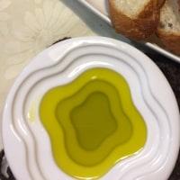 パンにはバターかオリーブオイルか?