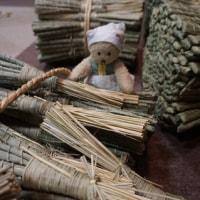祇園祭の厄除け粽の準備。蟷螂山でお手伝い。町内の人たちがひとつひとつ心をこめて・・・