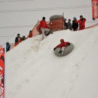 雪上の熱気球と「へぎ1列ずつ」ツアー
