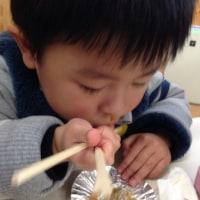 た~ぼちゃん 幼稚園で餅つき