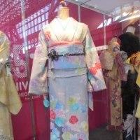 素敵な着物と寛斎さんの衣装