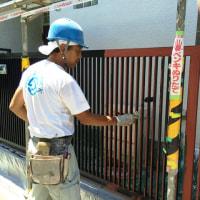 鉄部の塗り替え3回目 長い年月風雨にさらされても強い塗膜は腐食から守られていました