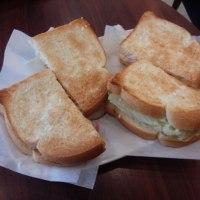 ドトールのモーニングは サンドイッチ(●^o^●)