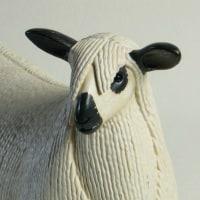 COOL氏の人形 出品作品の「Teeswater sheep」大きめサイズです。