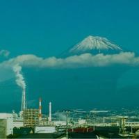 新幹線の中からの富士山