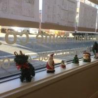 店内をクリスマス仕様に装飾♪