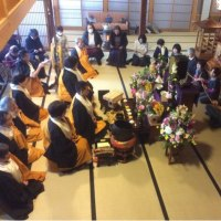 先祖の供養(菩提寺、お墓参り)は亡き人を偲び、時には懺悔させてもらうもの。