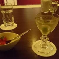 都会にて食事&バーで一人飲み