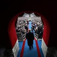 トランプ氏、大統領就任後も「非主流派」スタイル堅持か