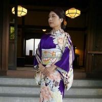 嶋岡先生の生徒さん、結婚式にこの着物を装うために着付のお稽古に(#^.^#)