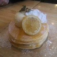 ミツバチキッチンのパンケーキ