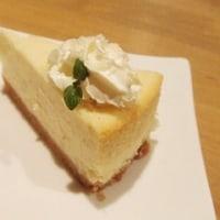 ホワイトチョコ&マカデミアのベイクドチーズケーキ