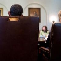 最後のコーナーを回ったオバマの8年間の写真。