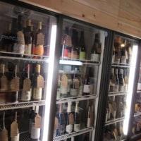 築地場外の立ち飲みワインバー「酒美土場」