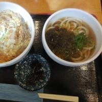 大阪うどんといえば、松葉家。