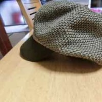 誕生日プレゼントの帽子を買ってもらいました。(笑)