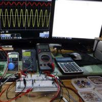 寒い日は部屋の中で電子工作