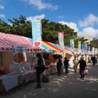 『沖縄の産業まつり2016』食べ歩き