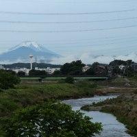 6月22日、修理したレンズをつけて、一回り~青に変わりつつある富士山。