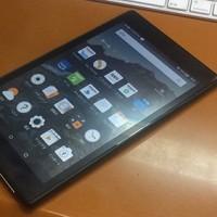 AmazonのFire HDタブレット購入。15,980円でした。