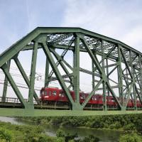 澱川橋梁に鮮魚列車が