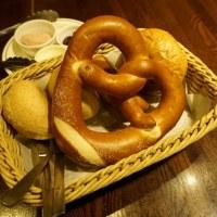 ドイツ居酒屋JSレネップ@有楽町 パンと料理がとても美味しいドイツレストラン!