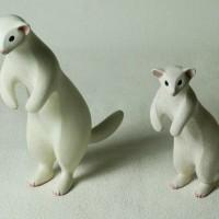 COOL氏の人形 個展出品の大きめサイズはA3サイズ位です。