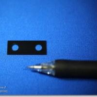 ステンレス板(SUS)に黒色メッキ処理