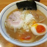 Weekendの麺処巡り 麺屋はし本 で 味玉らー麺