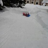 雪の滑り台~♪