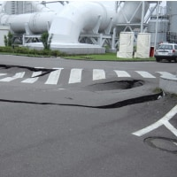 液状化地盤の地震波形など